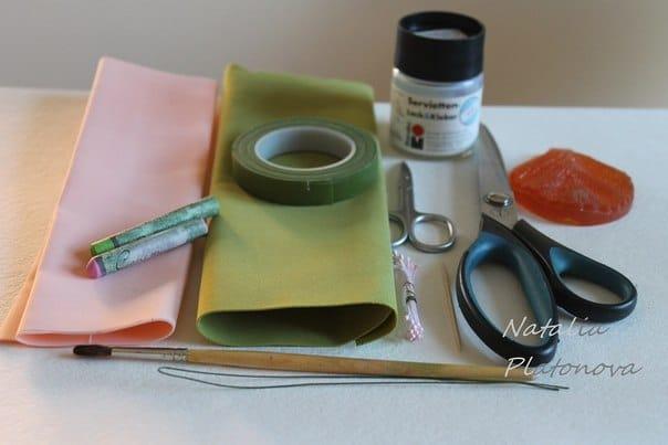 необходимое для создание гортензии из фоамирана